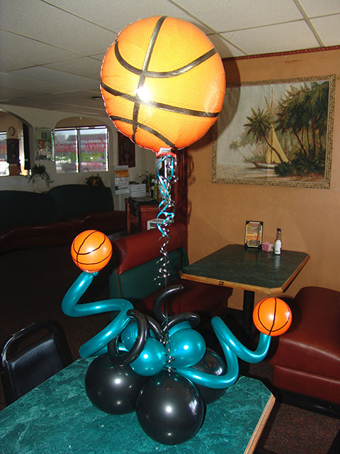 balloon-basketball-centerpiece