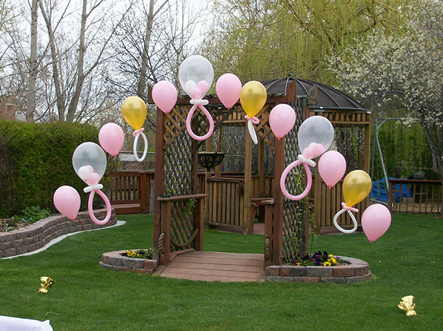 new-born-baby-balloon-arch