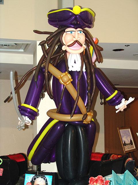 balloon-pirate2