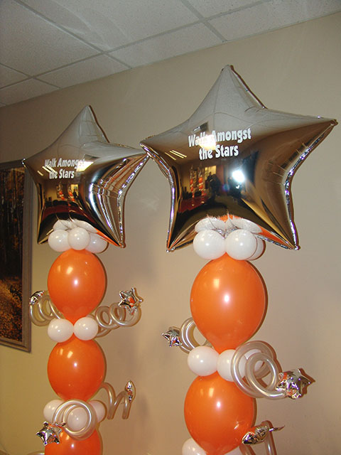 mylar-star-lol-balloon-columns2