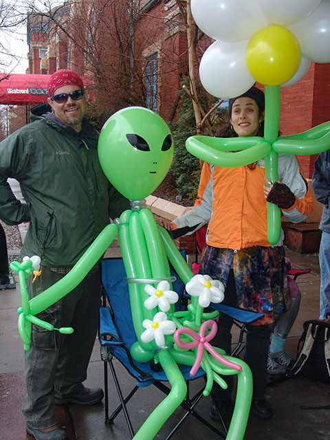 twisted-alien-balloon1