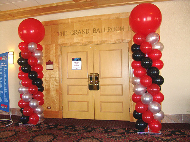 balloon-columns-red-black-silver