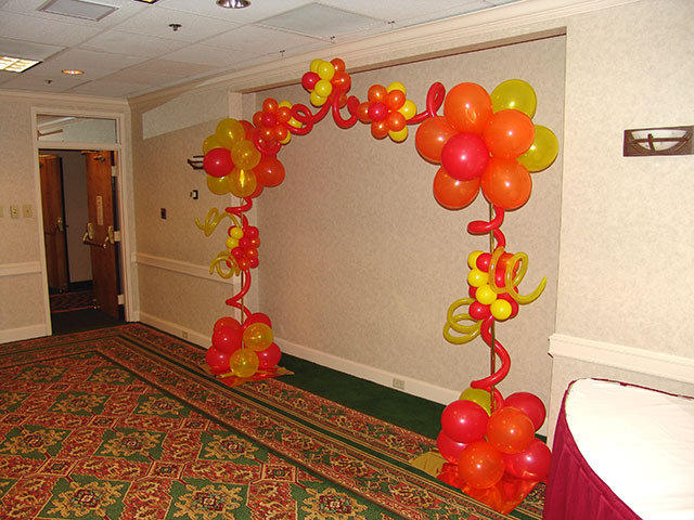 Balloon arch decoration ideas party favors ideas for Balloon decoration arches