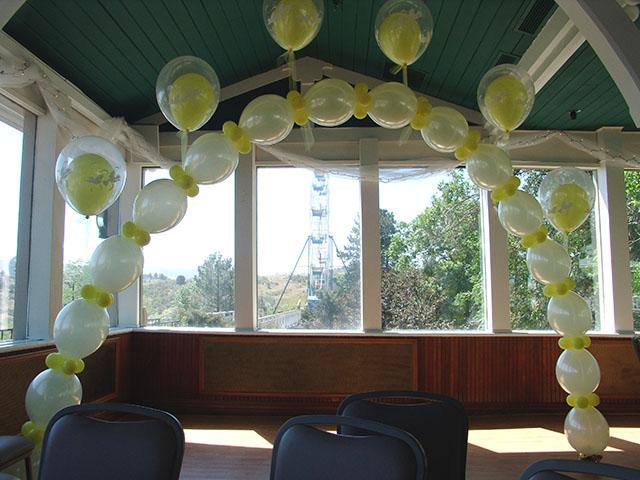 balloon-wedding-arch