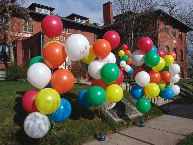 oversized-balloon-bouquets2
