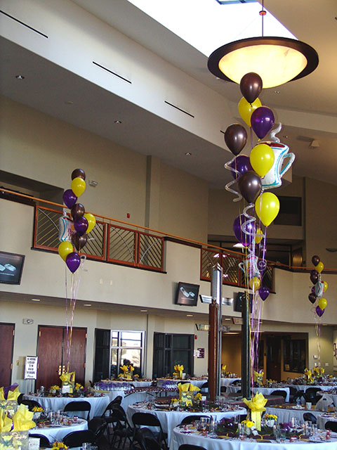 Wedding Balloon Centerpiece Ideas