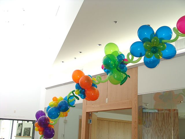 custom-balloon-flower-arch2