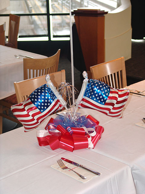red-white-blue-centerpieces