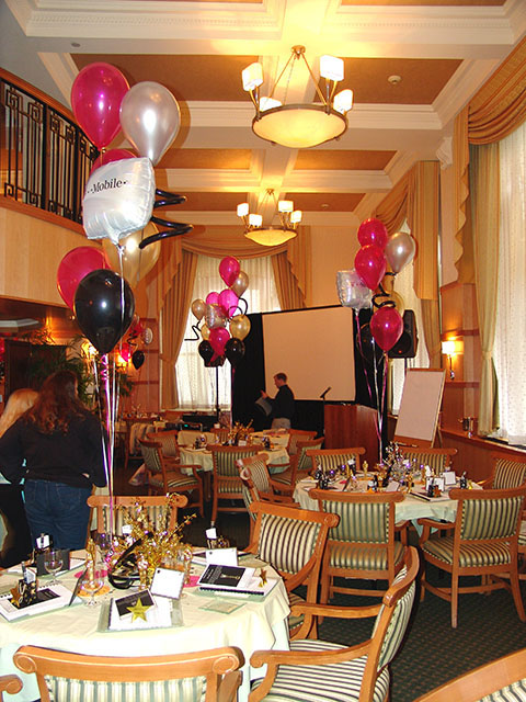 balloon bouquets with mylars 2