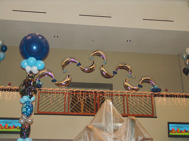 New Years Balloon decoration in Denver