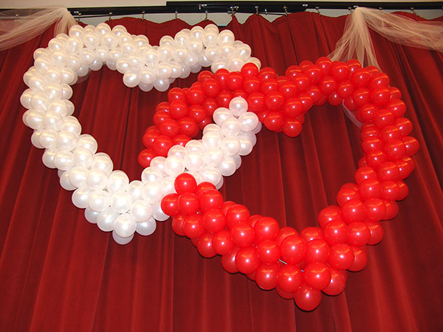 Wedding balloon hearts denver