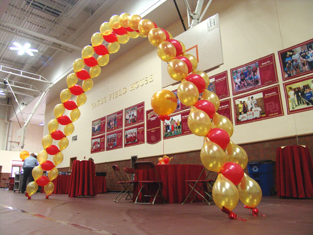 awesome balloon arch denver