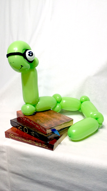 bookworm balloon sculpture